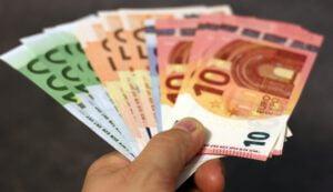 Valtioneuvosto vahvisti 2000 euron tukimahdollisuuden yksinyrittäjille 9.4.2020
